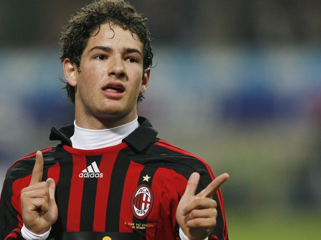 The Blues Kembali Mengincar Pato