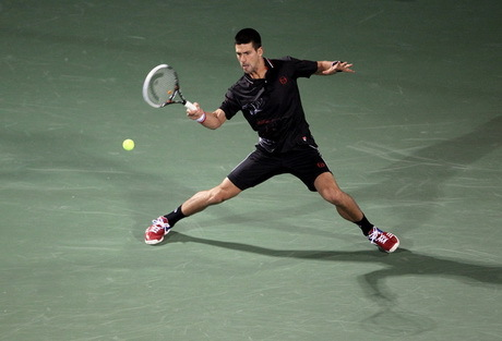 Djokovic Lolos Hadangan Pertama
